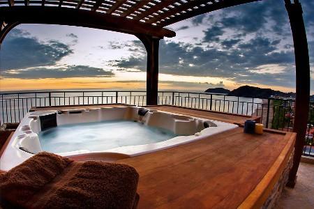 hot tub private 1